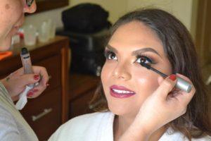 Ale Izaguirre Makeup